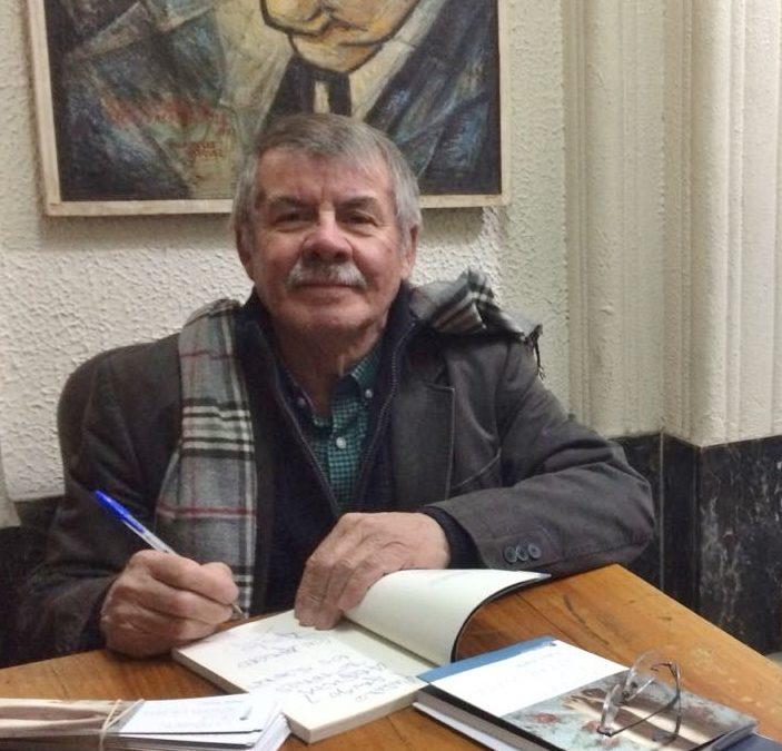 """Lanzamiento del libro """"La Pensión de la Señora Laurita"""" de Pablo Varas"""